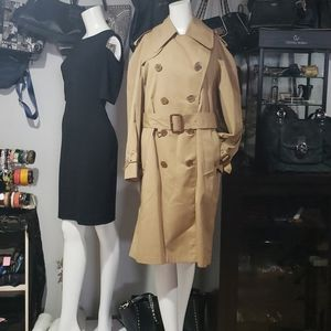Ladies Aquascutum Trench Coat